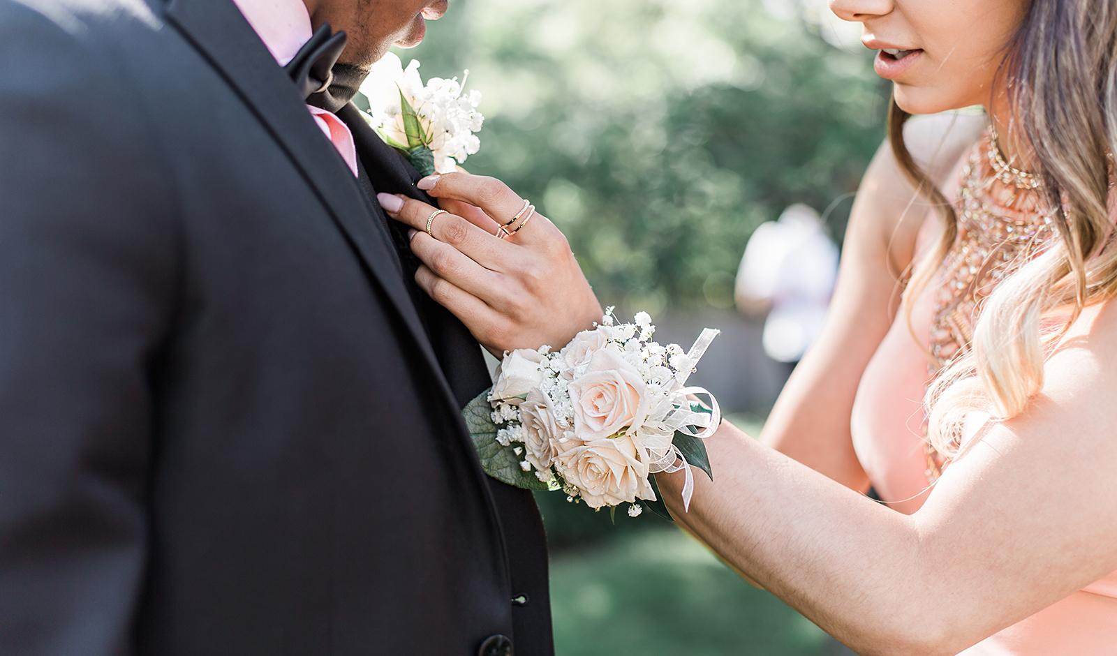 Jesseka Melanie Photography   Senior Prom Photographer