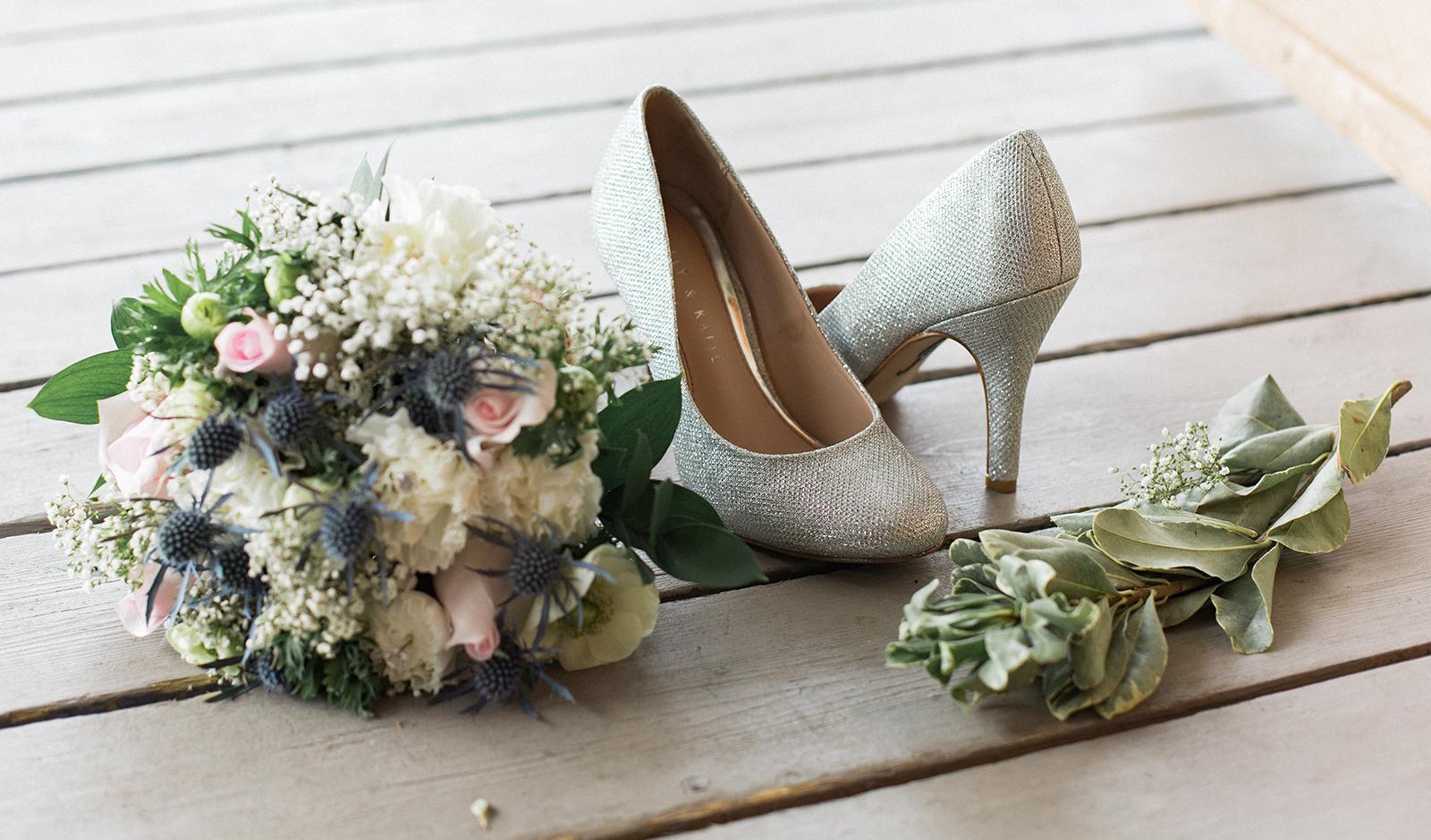 Jesseka Melanie Photography   Newmarket Waterstone Wedding Photographer
